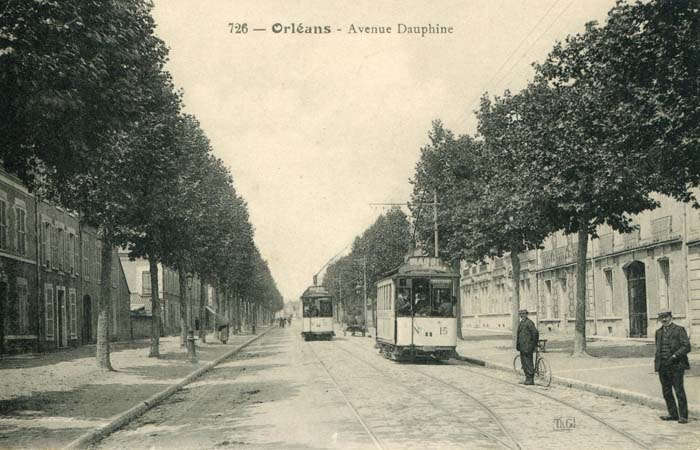 Avenue Dauphine - Perspective vers le pont, 1910